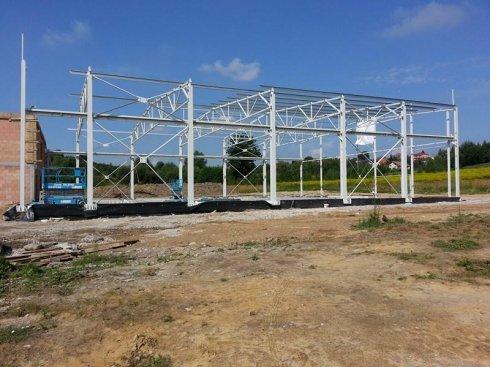 Hala MTM podczas budowy